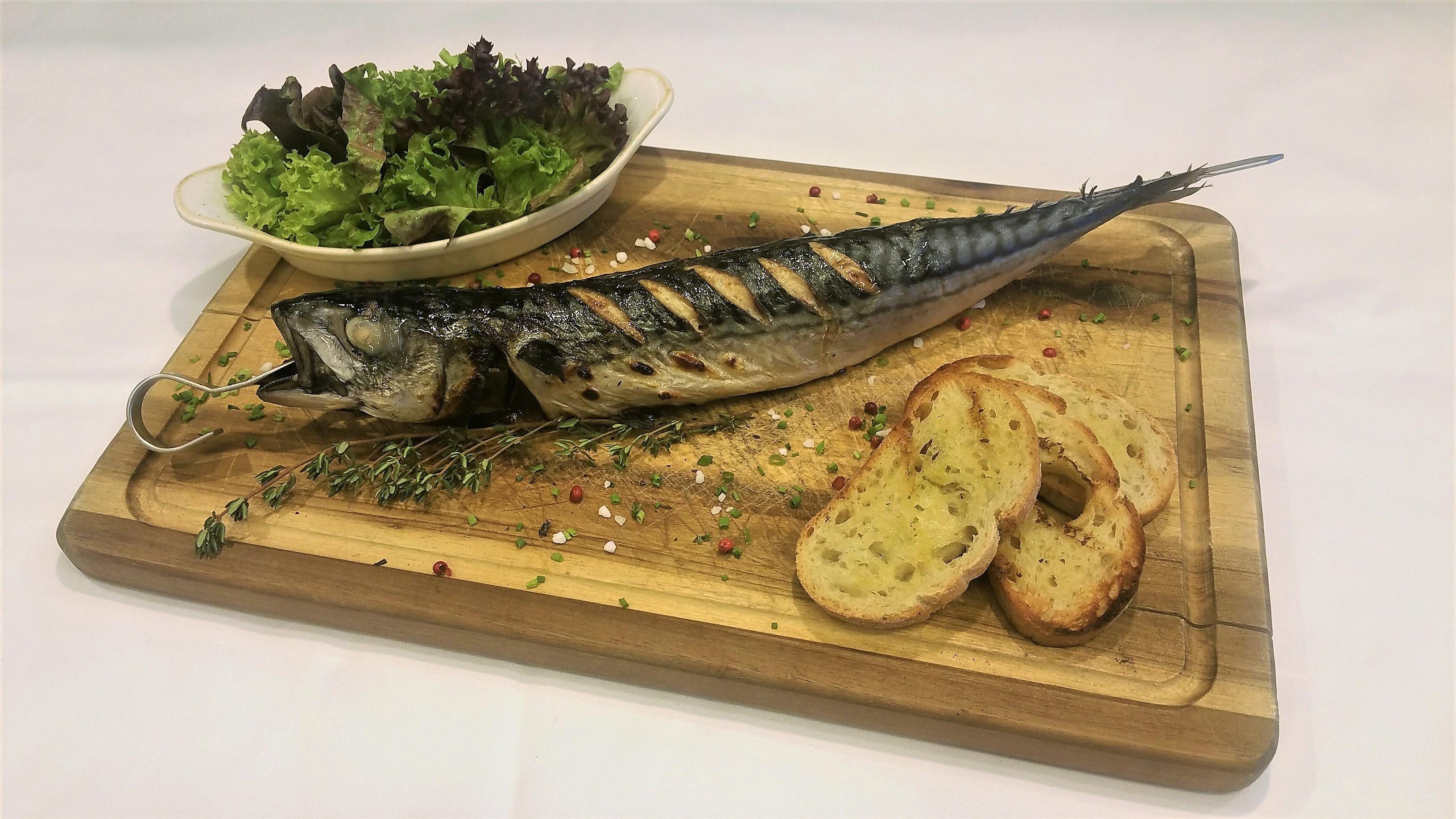 Makrele vom Robata-Grill